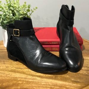 Ava & Aiden Black Leather/Suede Ankle Boots Sz 6½